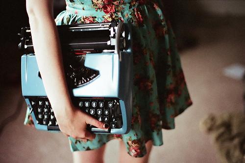 floral-print-lomo-typewriter-vintage-Favim.com-208968