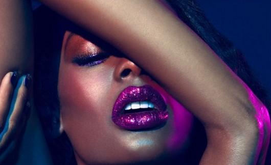 glitter-lips-530x324